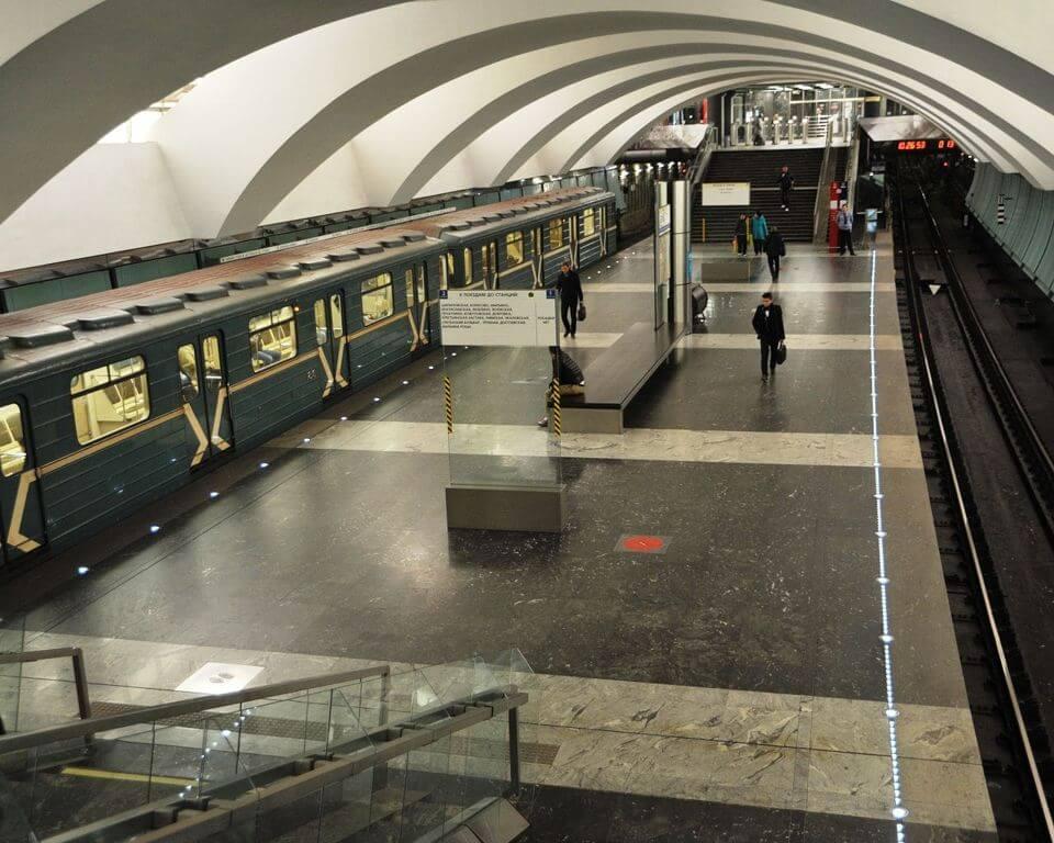 http://metro.mwmoskva.ru/css/img/metro_new_img/10_zyablikovo_3.jpg