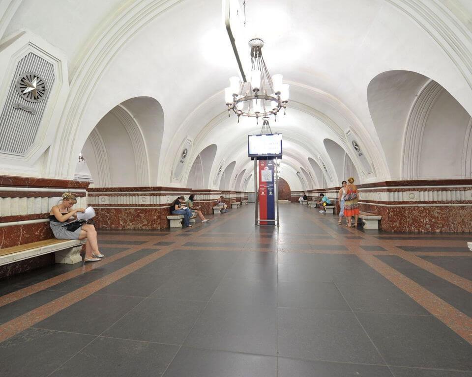 Ме��о Ф��нзен�кая в Мо�кве