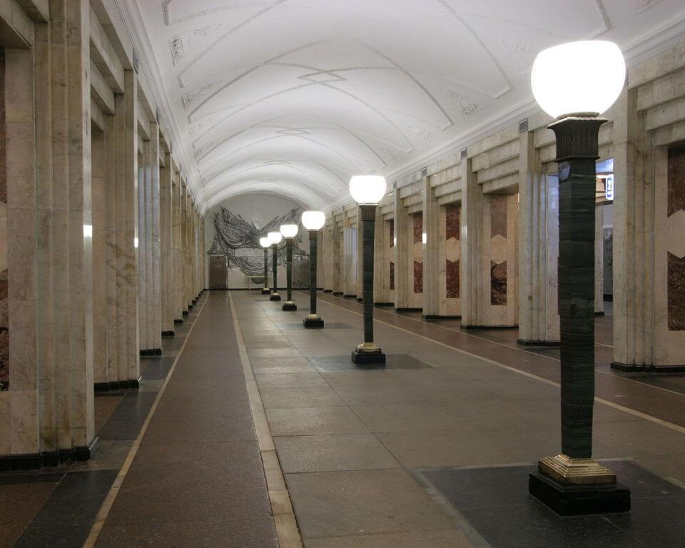 Секс на метро семеновский